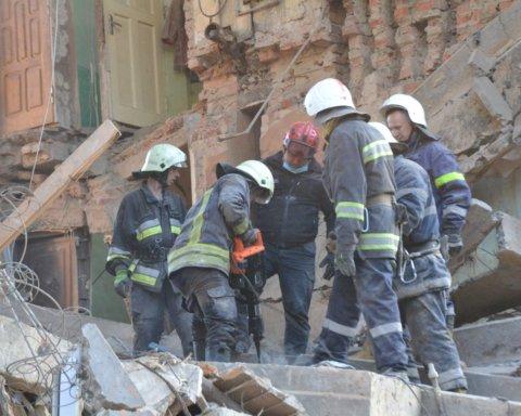 Вибух у Дрогобичі: хлопець подзвонив з-під завалів і попросив про допомогу