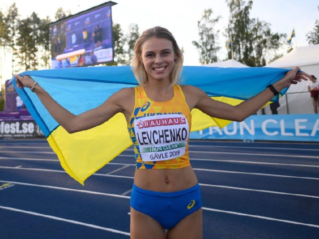 Українські красуні завоювали золоті медалі в Луцьку