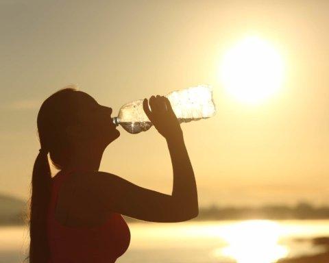 На смену дождям придет жара: синоптик рассказала о погоде летом