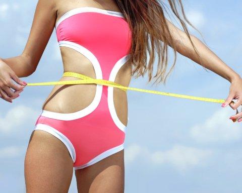 Диетологи назвали неожиданную причину возникновения жира на животе