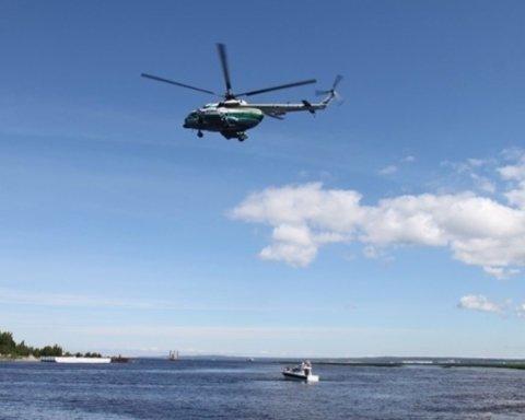 В Москве вертолет упал в водохранилище, есть погибшие: первые подробности