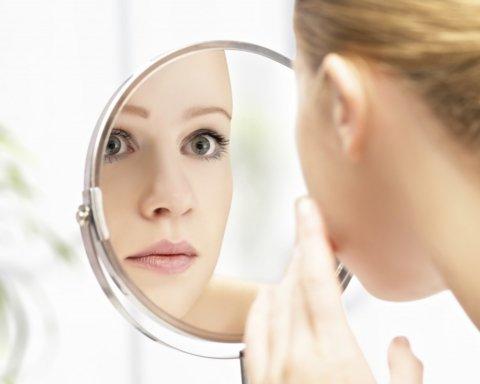 Супрун объяснила, как спасти проблемную кожу с акне