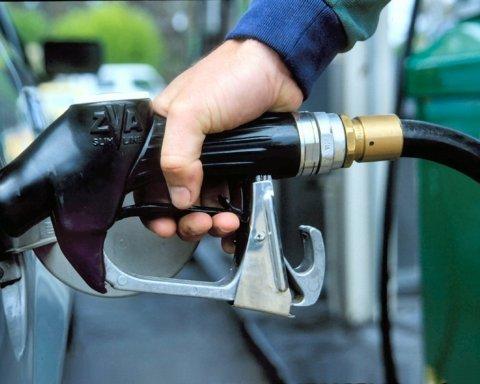 Експерти спрогнозували, якою буде ціна палива після ескалації на Близькому Сході