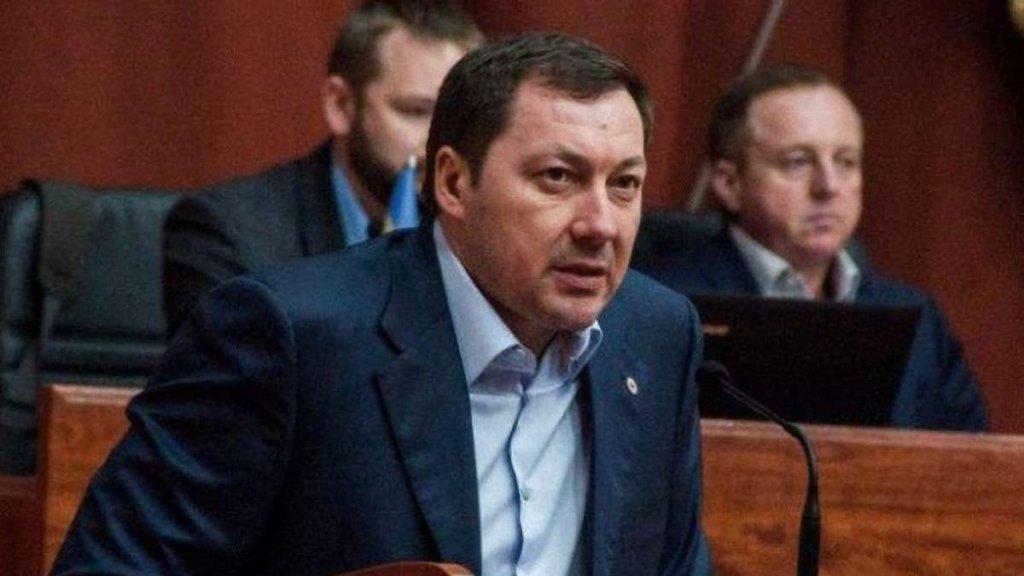 Сломано ребро и множество синяков: депутат от партии Порошенко устроил драку в кафе