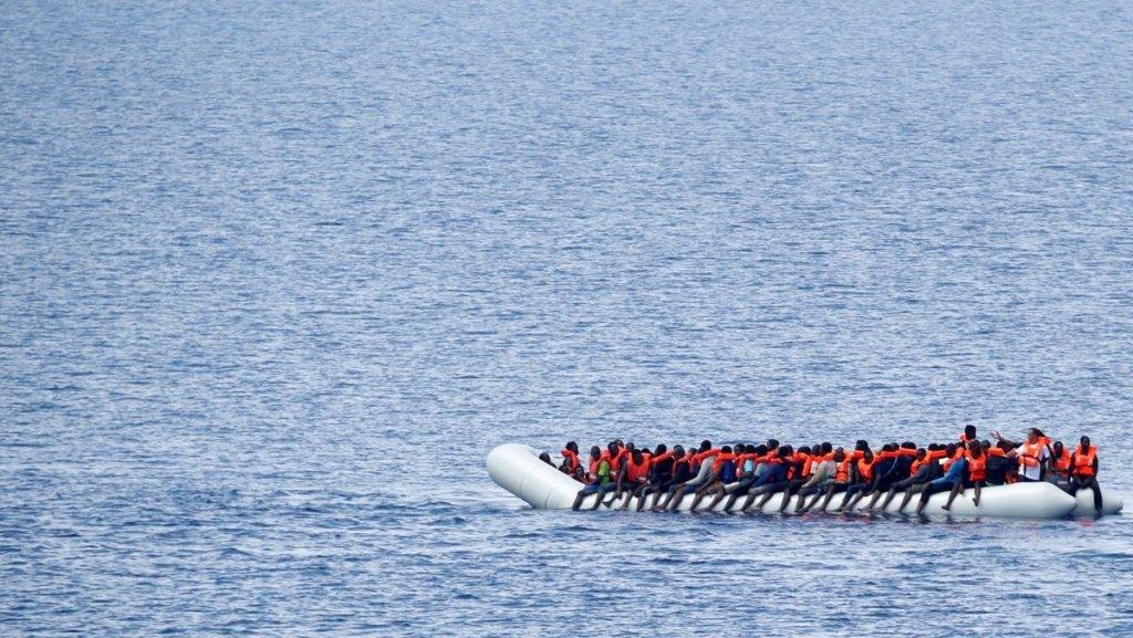У берегов Ливии перевернулась лодка с мигрантами: первые подробности