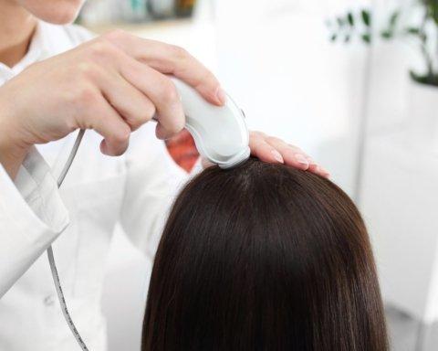 Онкологи придумали, как сохранить пациентам волосы после химиотерапии
