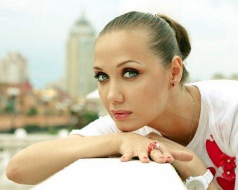 Видумала онкологію: співачка Євгенія Власова зробила скандальне зізнання