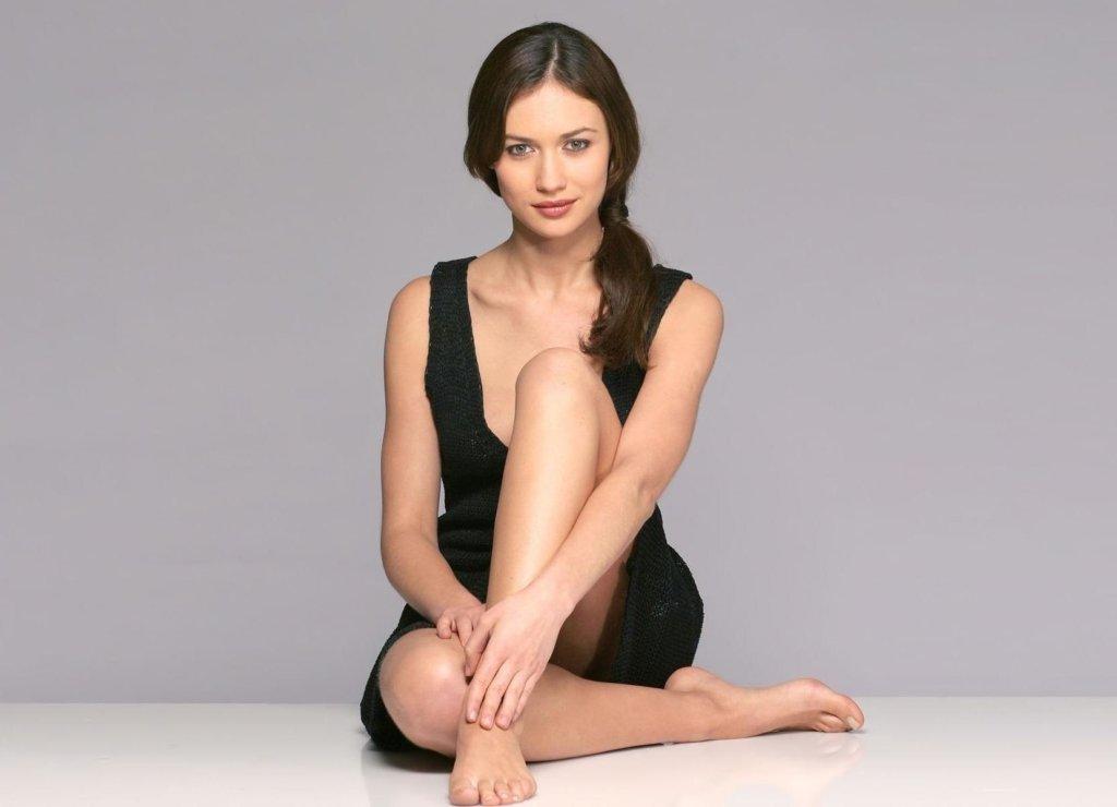 »Украинская» девушка Бонда показала свои прелести на камеру