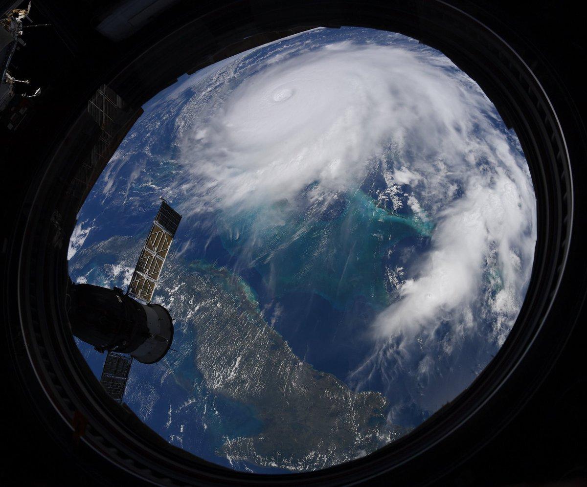 Зловісне видовище: катастрофічний ураган «Доріан» зняли з космосу