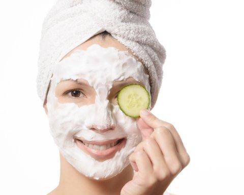 Врачи рассказали, каким образом сохранить молодость кожи лица