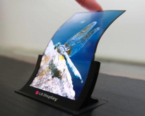 Гибкий смартфон LG впервые показали на фото: уникальные кадры