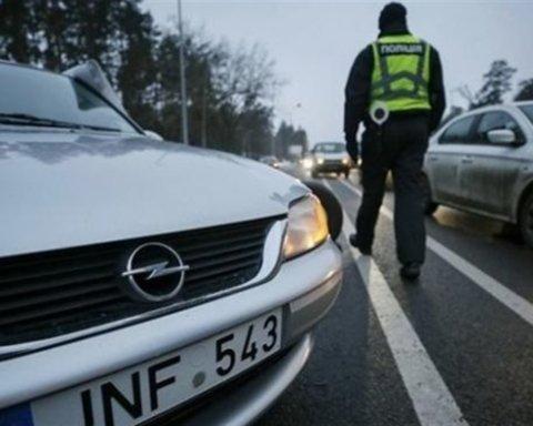 Зеленский отсрочил штрафы для евробляхеров: что нужно знать