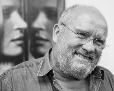 Умер легендарный фотограф, который снимал голливудских звезд и супермоделей 90-х