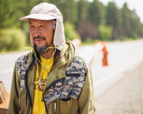 Закрыли в психбольнице: что случилось с шаманом, который хотел «выгнать» Путина из РФ