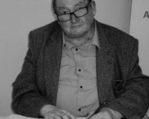 Умер сценарист культового сериала «Доктор Кто»