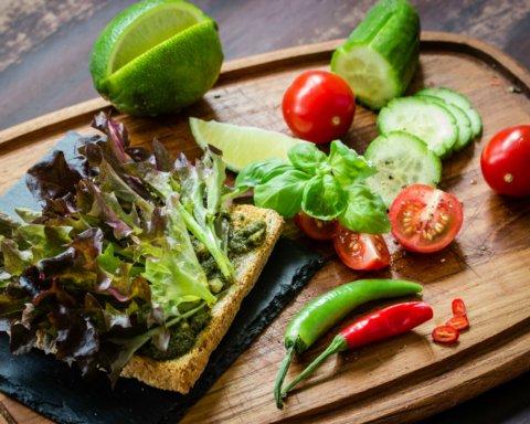 Лучшая диета позволит похудеть на 10 килограммов за месяц