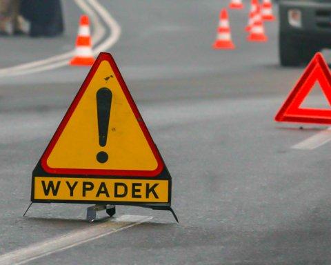 В Польше перевернулся автобус с украинцами: первые фото с места ЧП