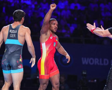 Жан Беленюк стал чемпионом мира по греко-римской борьбе