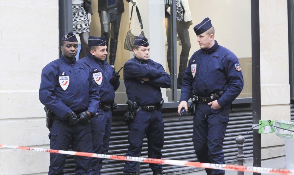 У Франції сімдесятирічний чоловік влаштував теракт, є постраждалі