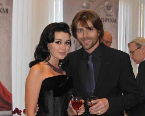 11 лет счастья: Анастасия Заворотнюк и Петр Чернышев отмечают важную дату