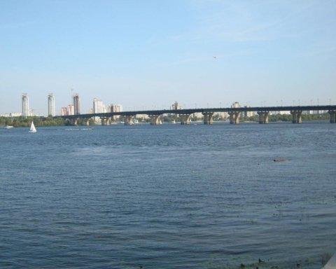 Може впасти: з'явилися тривожні новини про стан мосту Патона у Києві