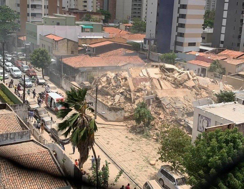 В Бразилии обрушилась многоэтажка с людьми: жуткие кадры