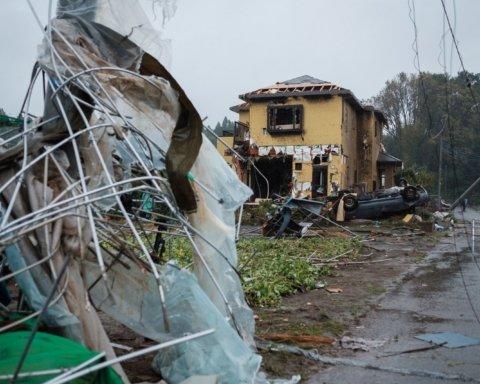 Количество жертв от тайфуна Хагибис неуклонно растет
