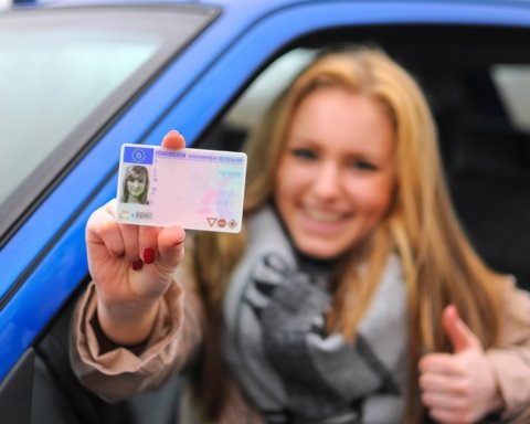 Українцям дозволять не носити водійські посвідчення: усі подробиці