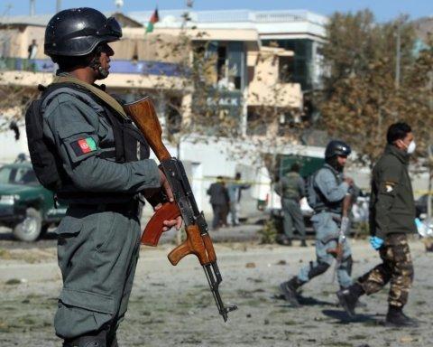 В Афганістані прогриміла серія вибухів: загинули десятки людей