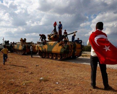 Турция стягивает войска на границу с Сирией: что происходит