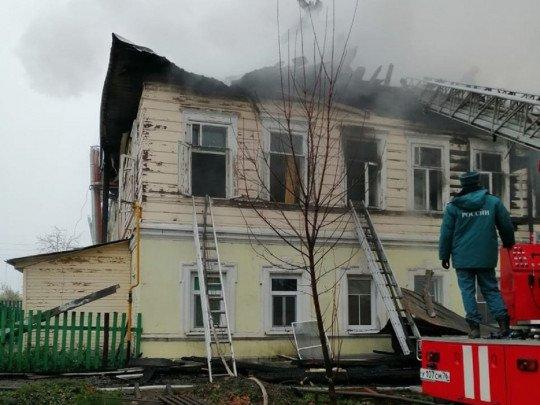 Моторошна трагедія: в Росії живцем згоріли шестеро дітей