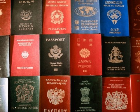 В России решили разрешить двойное гражданство для иностранцев
