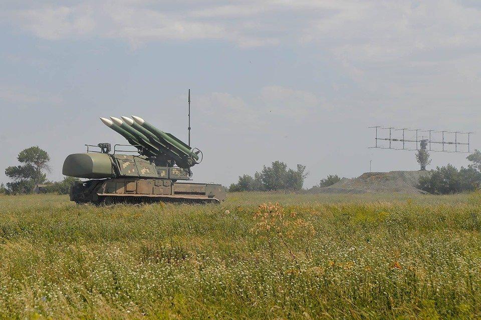 Україна закриває повітряний простір в Херсонській області: що сталося