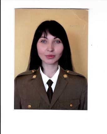 На Донбасі від ворожої кулі загинула захисниця України: що про неї відомо