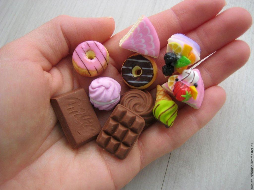 Названы самые опасные сладости для организма человека