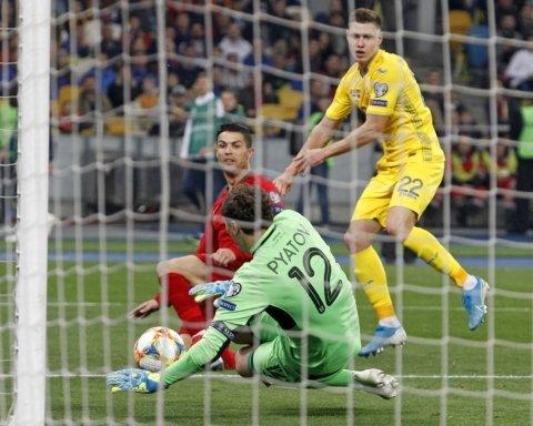 Пятов стал лучшим вратарем отбора на ЕВРО 2020