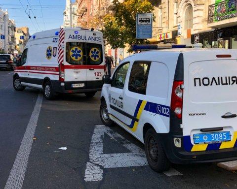 Умер в такси: в центре Киева произошла трагедия