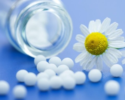 Чому гомеопатію ні в якому разі не можна поєднувати з ліками