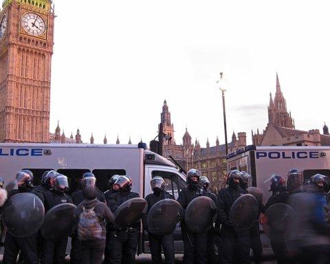 Масові демонстрації охопили Лондон: що відбувається
