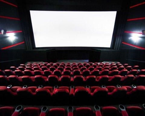 Еще не скоро: когда в Украине заработают кинотеатры