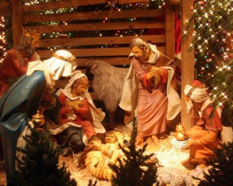 Сочельник и Рождество: красивые поздравления с праздниками