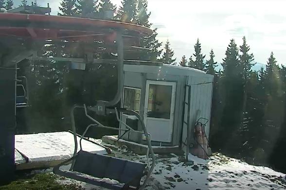 Карпати замело снігом: вражаючі фото з місця