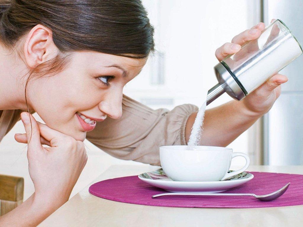 Чому під час дієти не можна відмовлятися від цукру: медики