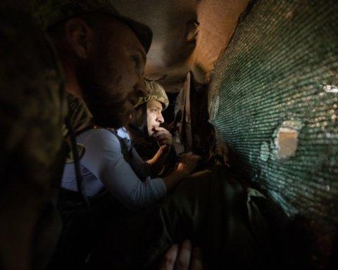 Зеленский из-за угрозы Майдана начал вывод войск с Донбасса — росСМИ
