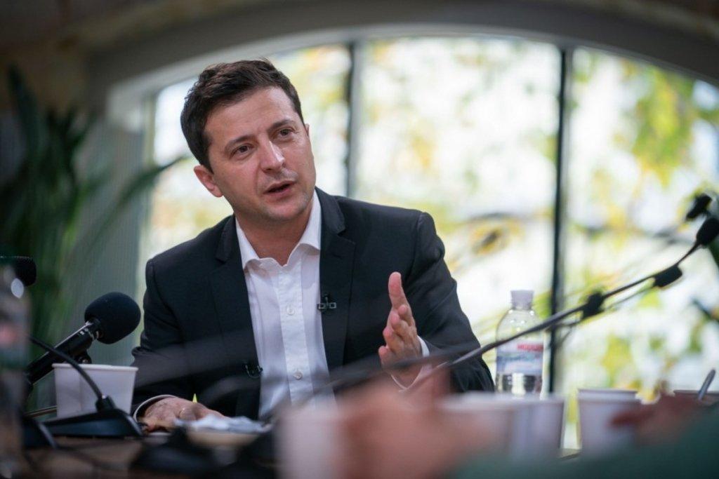 Мы не можем печатать деньги: Зеленский сделал важное заявление о пенсиях