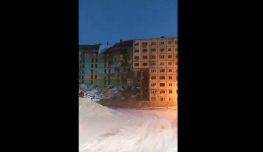 У РФ обвалився 9-поверховий будинок: перші кадри з місця трагедії