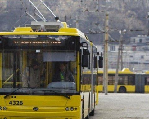 Транспорт начали проверять на соблюдение карантина: один из городов накрыл коллапс