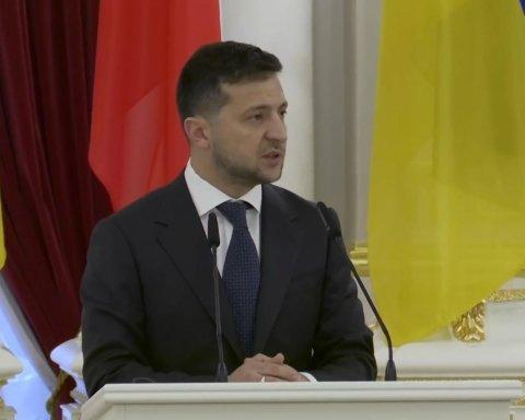 Зеленский отреагировал на заявление Коломойского о дружбе с Россией