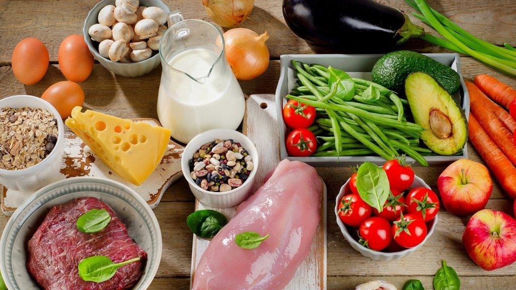 Медики назвали 10 продуктів, які необхідно їсти щодня