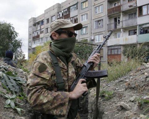 Расстреляли школу с детьми: появилось видео провокаций на Донбассе